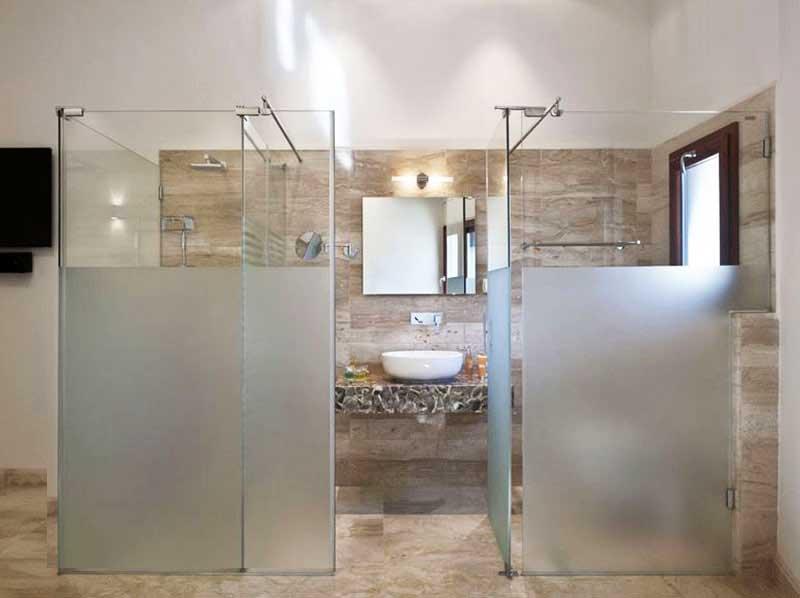 Giấy dán cửa kính nhà vệ sinh
